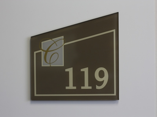apartment-signs