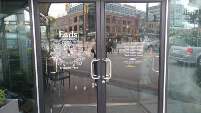 window-signs-vancouver